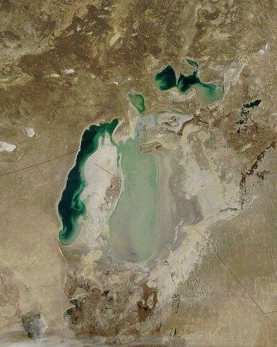 La mer d'Aral en novembre 2003